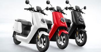 Niu - Scooters électriques blanc, rouge, noir